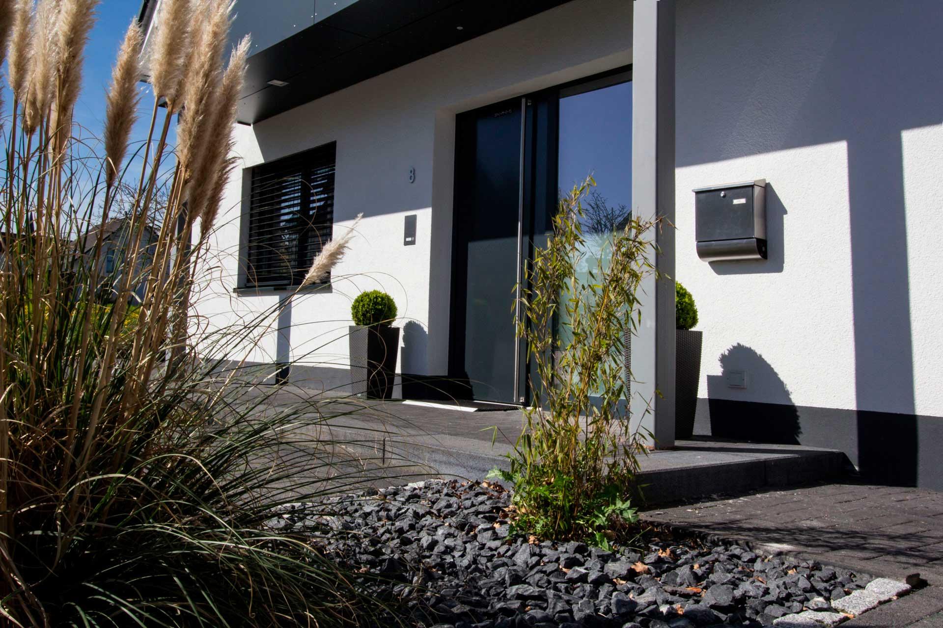 Eingangstür zum Eigenheim, Architekturbüro Christine Hastenteufel